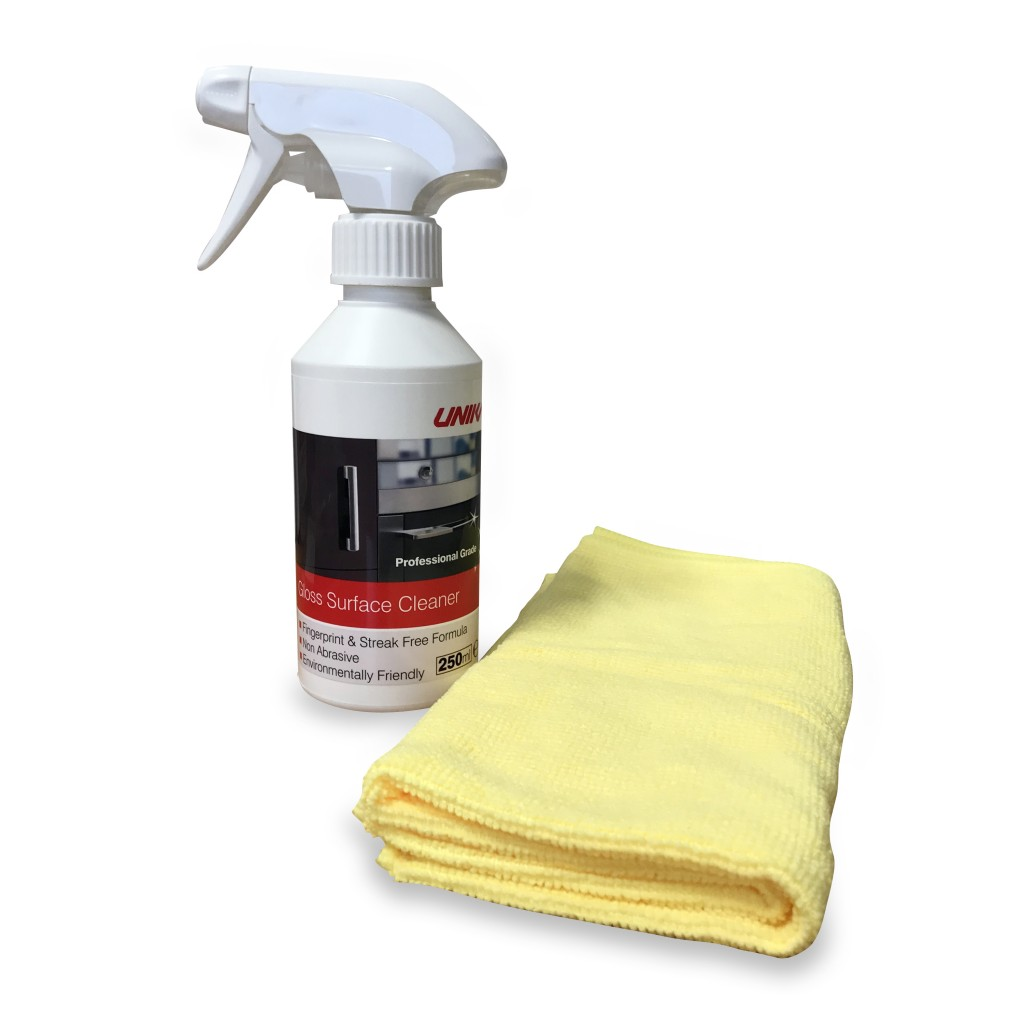 GLOSS-SURFACE-CLEANER_02-1024x1024